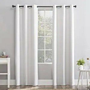 Sun Zero ONE Curtain Panel 100% Blackout Thermal